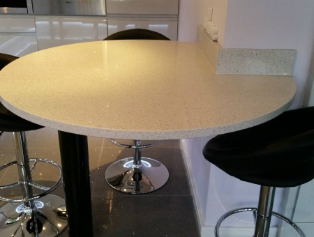 Granite Rounded Table